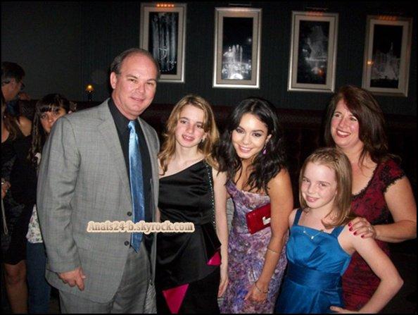 - - ★.•°•.• Vanessa dans Los Angeles - 11 Mars 2011 •.•°•.★ - -