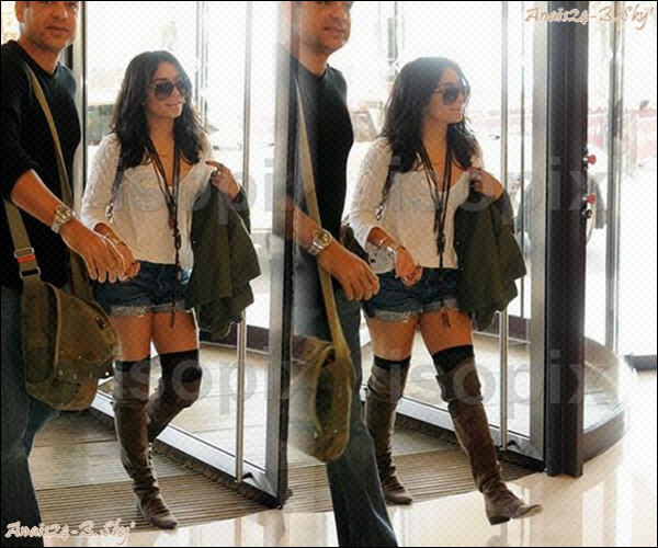 - - ★.•°•.• Vanessa à Cannes •.•°•.★ - -