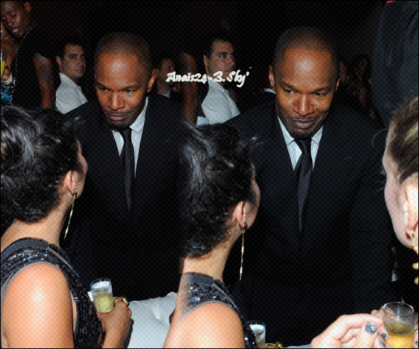 - - ★.•°•.• Vanessa diner & fête à Cannes •.•°•.★ - -