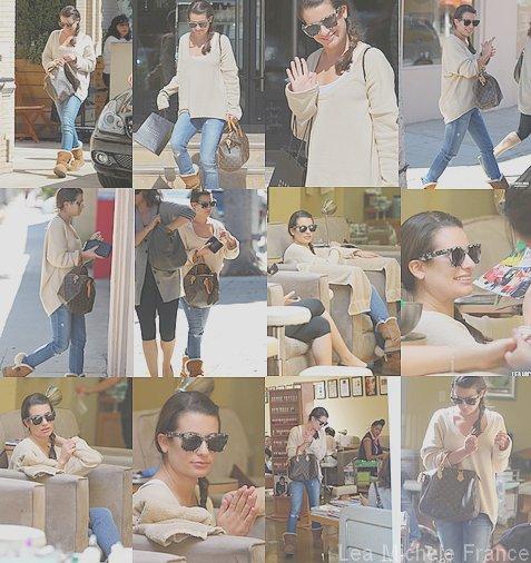 + Lea a etait vu sortant de chez Barney a New York et puis avec une amie dans un salon de beauté pour une petite manucure