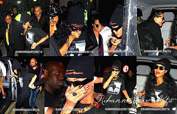 09.07.12: Rihanna eu un certain bon rire tout en laissant Jalouse nighclub la nuit dernière à Londres.