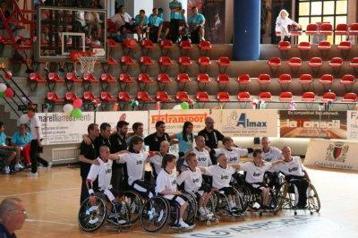 Amputee a 15ans: Handi basket, l'entrée en équipe national mai 2008... *