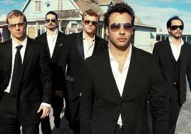 There are the BackStreet Boys! Voici les BackStreet Boys!
