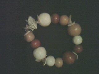 un joli bracelet pour vous mesdames!