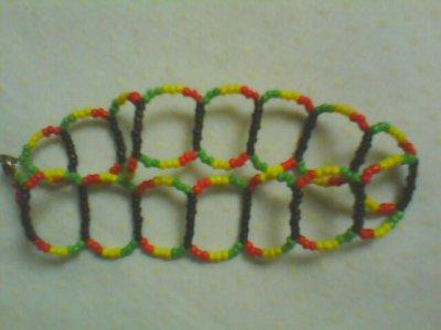 voici un des modèles de chaine de pied que je fais (vous pouvez l'avoir du mème style mais de la couleur que vous voulez)