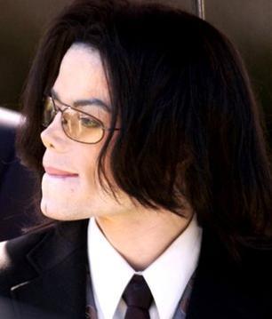 --> Michael Joseph Jackson <--