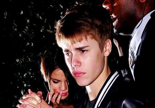 . . Amour__________________ Jenela sont triste !! . .