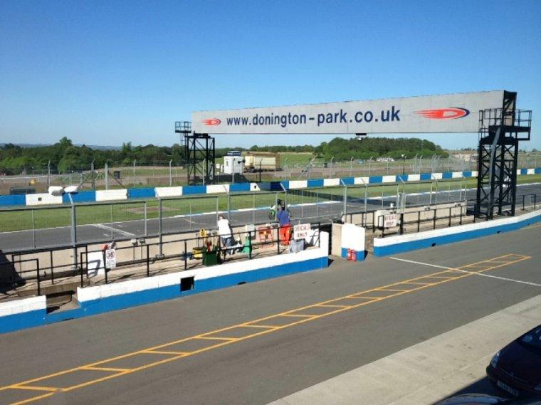 12) > Grande-Bretagne * Donington Park / Silverstone