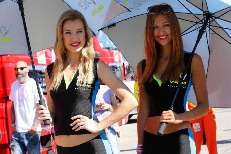 SAINT-MARIN: Paddock Girls♥