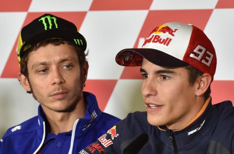 « C'est sûr qu'il a mal évalué la situation, confie un membre de l'équipe Yamaha sous couvert d'anonymat. Marquez, ce n'est ni Biaggi, ni Gibernau, c'est un chien, comme Valentino.»