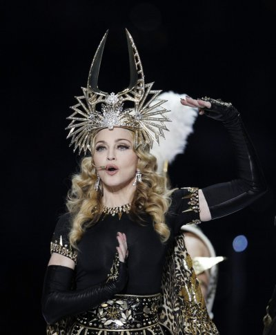 FACEBOOK : MADONNA WORLD TOUR 2012
