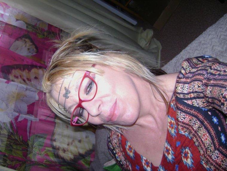 cc de moi bsx bsx tres bonne soirée je vous souhaite ;)