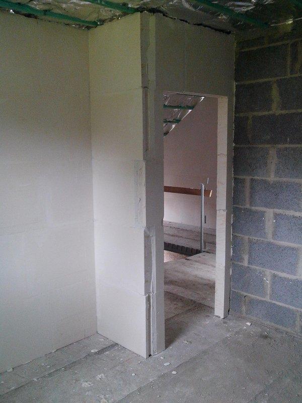 pose du platre 1er etage notre maison baijot. Black Bedroom Furniture Sets. Home Design Ideas