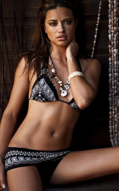 Adriana Lima pour shooting Victoria Secret ...