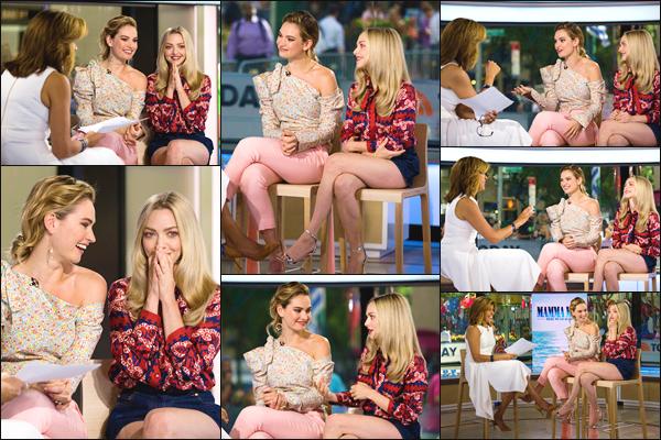 ''• '18/07/18:'' Amanda Seyfried a assistée à l'émission du « Today Show » ayant lieu dans New York City. La jeune femme Lu' a aussi été s'acheter une petite salade. En ce qui concerne sa tenue, je lui accorde un petit top ! Quel est votre avis ?!