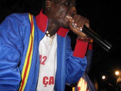 LE ROI DU RAP EN LINGALA EN AFRIK ''2BOULES'' KMS
