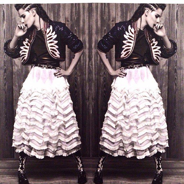 NOUVELLES photos - Premier coup d'oeil à la campagne de Kristen pour la collection Métiers d'Art Paris‐Dallas de Chanel