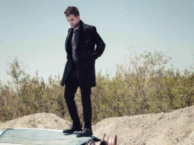 Nouveau Photoshoot de Robert Pattinson en Couverture de 'Esquire'