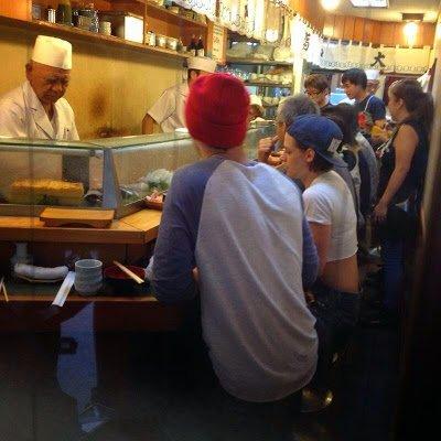 Fanpics de Kristen Stewart avec Nicholas Hoult au Japon ( 31 Juillet 2014 )