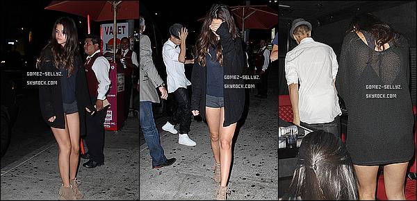 - 09/08/12_ Selena  et Justin se sont rendus dans la soirée, au comédie club Laugh Factory (Los Angeles)  -