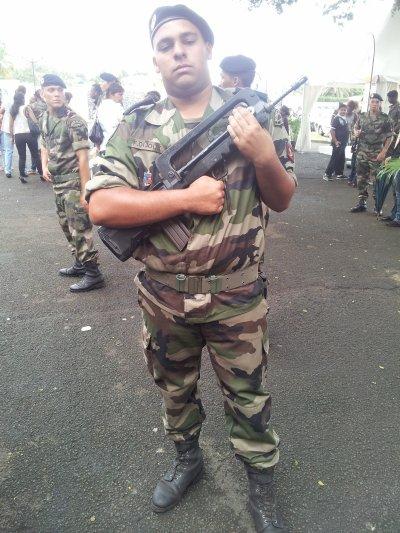 Moi en mode militaire