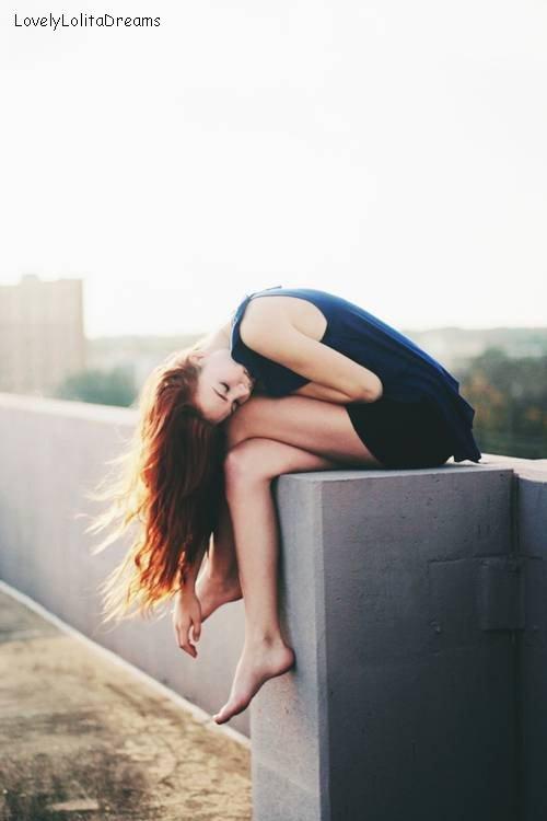 Se repentir du passé, s'ennuyer du présent, craindre l'avenir : telle est la vie.