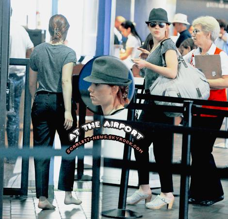 Justin Bartha + aéroport + Ryan Reynolds se confie