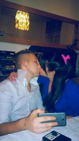 • SKYROCK PRESENTE © HistoireDeStreet !__WWW.CANDYxPOP.SKYROCK.COM __~ NE ME DEMANDE PAS POURQUOi JE T'AiME; car je devrais te dire pourquoi je vie :$ MA SEUL &ei UNiQUE RAiSON DE ViVRE . ♥__Mon ptit homme d'amour 30 avril 2012*