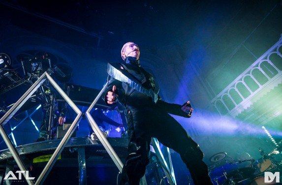 Interview - All Things Loud – Tokio Hotel: «Nous ne voulons plus avoir à supporter les conneries de l'industrie de la musique»