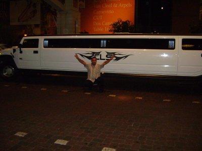 mon pere en AMERIQUE avec la limousine 4x4