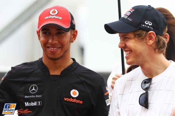 GRAND PRIX DE MALAISIE: Vettel suivi par Button, Hamilton à l'agonie en fin de course et sanctionné