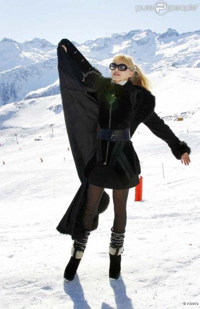 Arielle dans les Grands Froids des Pyrénées !! ♥