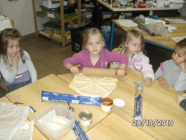 Dîner des petits monstres le vendredi 29 octobre 2010 à l'école