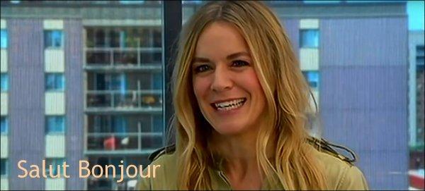 Le 27 Juin 2016, Véronic était dans l'émission Sucré Salé au Canada. Le 4 Juillet 2016, Véronic était dans l'émission Salut Bonjour.