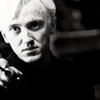""""""" Le nom de Malfoy à fait de toi l'ombre de ton père et le pantin du diable. """""""