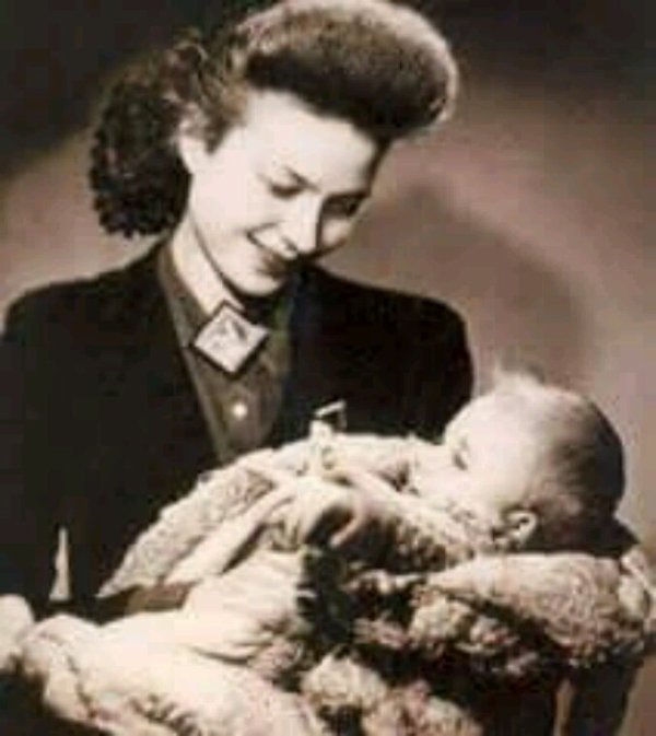Johnny Hallyday et sa mère