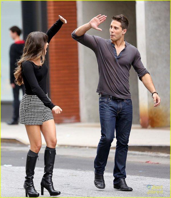 Rachel rayonnante au côté de Brody