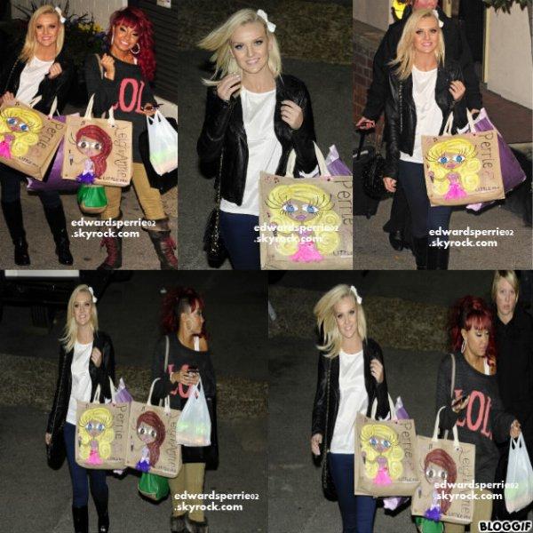 FlashBack: 27.11 - les filles Quittent les studios X factor, LONDRES