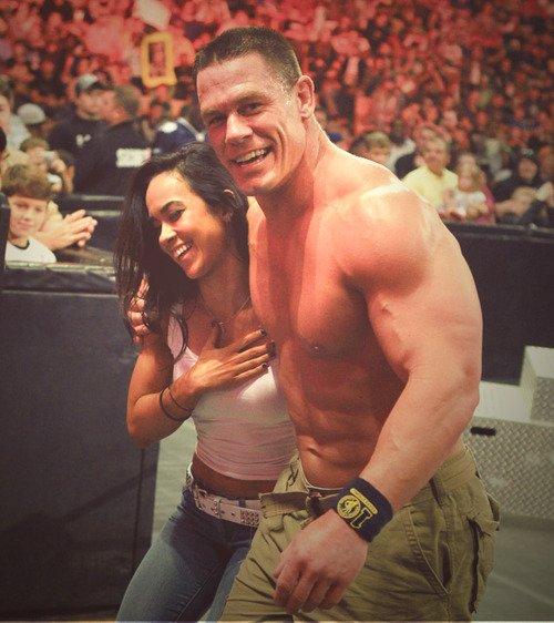 AJ et John Cena