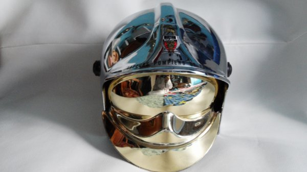 casque pompier f1 de  paris model enfant