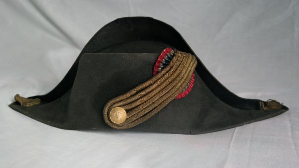 bicorne pompier modelé  floches d Officier 1870