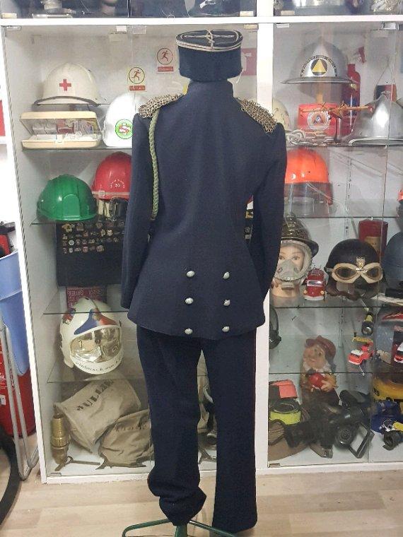 Superbe tenue  de  lieutement  de l'ancien  chef de centre de givors 1919a 1920