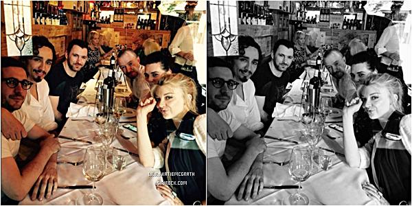 - Candids: Katie au restaurant le 15 mai 2016 -