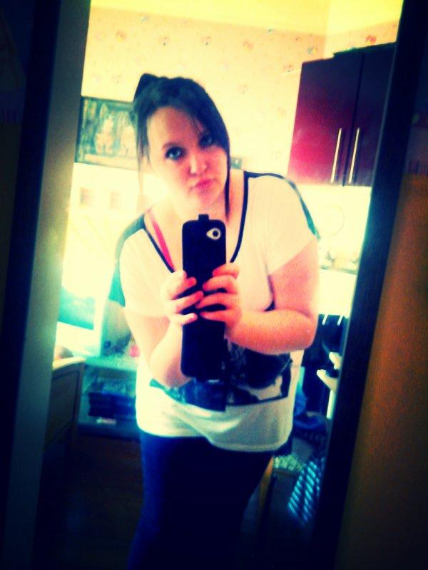 moi aime moi comme je suis et non comme tu veux que je soit ;)