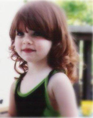 Renéesmé Cullen surnommé Nessie grace à Jacob.