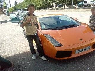 MooOà avec une Lamborghini !