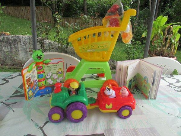à la brocante mon mari a pu acheté des petits jouets a un prix très modeste pour sa petite fille