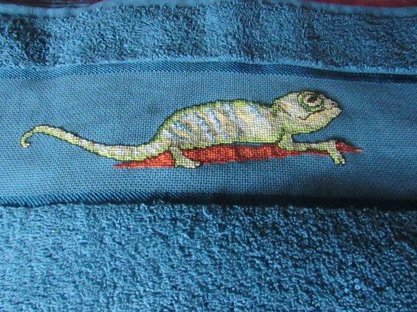 broderie sur une serviette en cours