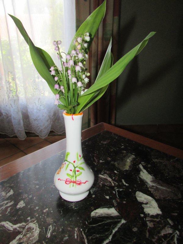 le premier bouquet de muguet du jardin