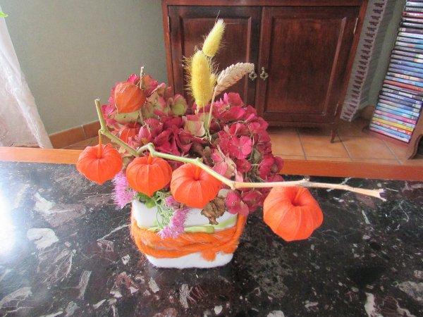 composition de saison avec les végétaux du jardin